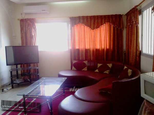 Location appartement meubl f3 douala bonapriso 55 for Appartement meuble a douala