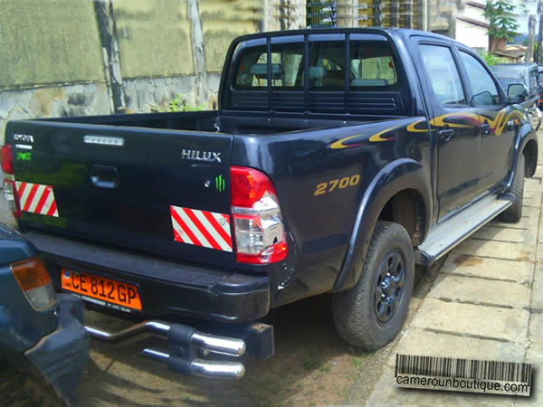 location pick up toyota hilux double cabine yaound cameroun boutique. Black Bedroom Furniture Sets. Home Design Ideas