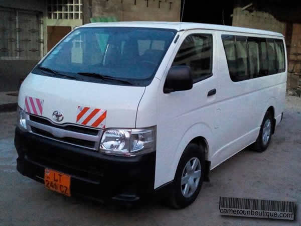 location toyota minibus 15 places douala cameroun boutique. Black Bedroom Furniture Sets. Home Design Ideas