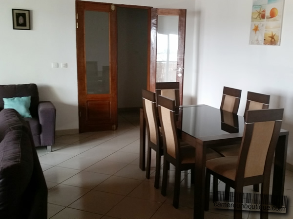 Appartement meubl haut standing f3 yaound bastos 42 for Appartement meuble a yaounde