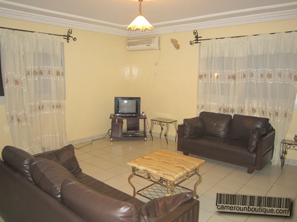 Appartement meubl yaound r sidence nkomo for Appartement meuble a yaounde cameroun