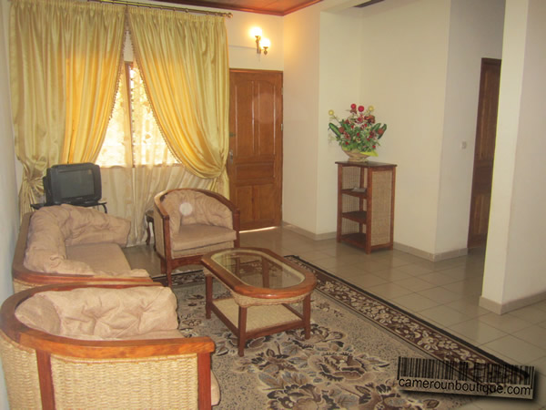 Appartement f3 meubl louer yaound tropicana for Appartement meuble a yaounde cameroun
