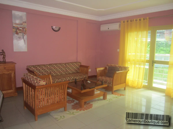 Location appartement meubl yaound bastos for Appartement meuble a yaounde cameroun