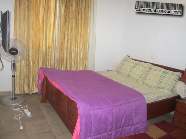 Appartement f3 meubl 2 chambres yaound nlongkak 27 for Appartement meuble a yaounde