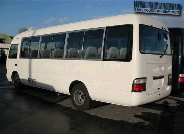madagascar location voiture mini bus