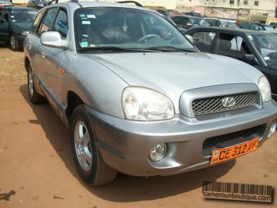 Location Voiture Hyundai Santa Fé 4X4 à Yaoundé