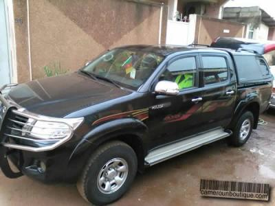 Location Pickup Toyota Hilux 4X4 2010 à Douala
