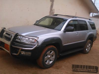 Location Toyota 4Runner 4X4 à Douala