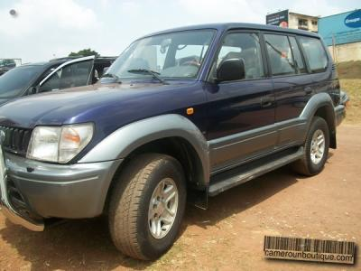 Location Voiture Toyota Land Cruiser Colorado à Yaoundé
