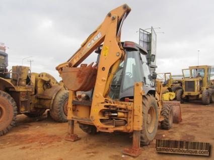 Location Engin Tractopelle Case 580 Super M à Yaoundé