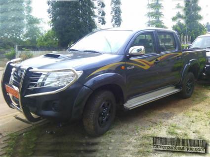 Location Pick up Toyota Hilux Double Cabine à Yaoundé