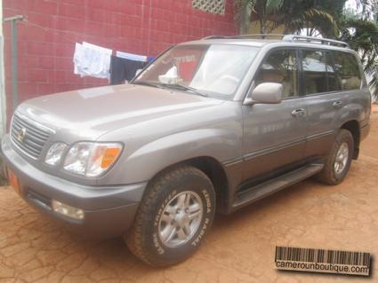 Location Voiture Lexus V8 4X4 Full Options à Yaoundé