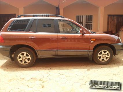 Location voiture Hyundai santa fé à Yaoundé
