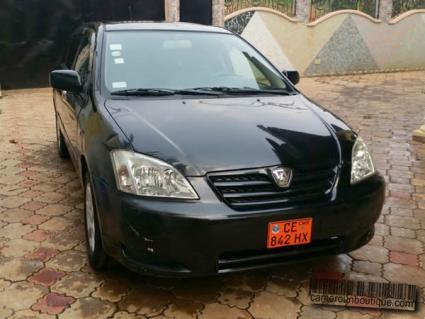 Voiture Toyota Allex Climatisée à louer à Yaoundé