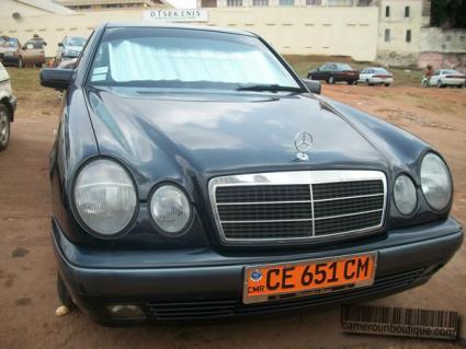Location Voiture Mercedes Classic à Yaoundé