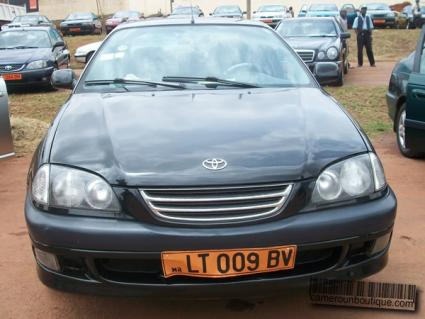 Location Toyota Avensis à Douala