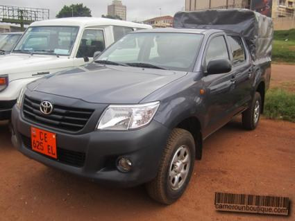 Location Voiture Toyota Hilux Pick up Double cabine à Yaoundé