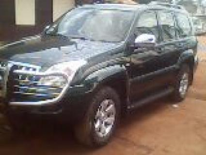 Location Voiture Toyota Prado Land Cruiser VX 4X4 à Yaoundé