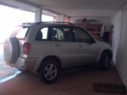 Location Voiture Toyota Rav 4 à Yaoundé