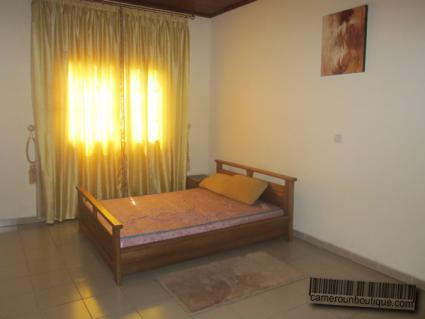 Chambre appartement meublé Yaoundé Tropicana