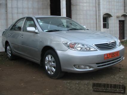 Location voiture Toyota Camry à Yaoundé