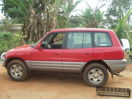Location Toyota Rav 4 à Douala