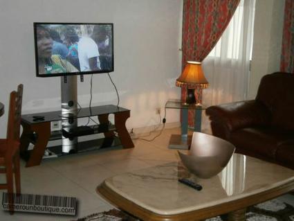 Salon Studio meublé en location Douala Akwa Wouri